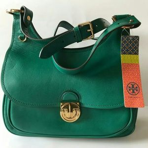 NWT! Tory Burch large saddle bag in emerald green.
